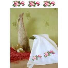 GC 4668 Towel with magnolias - Cross Stitch pattern
