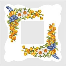 Napkin with spring flowers - Cross Stitch pattern