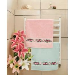GU 8426 Towel with roses - Cross Stitch pattern