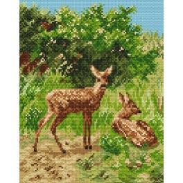 Online pattern - Roe-deers in the glade