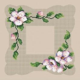 Online pattern - Napkin with a blooming cherry - B. Sikora