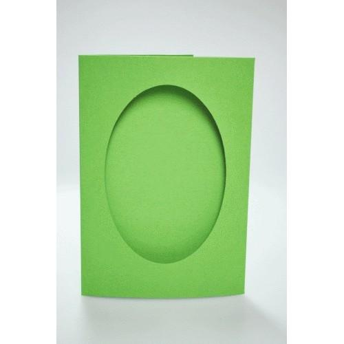 Big card with an oval passe-partout lt green