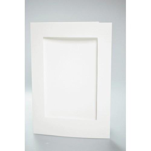 Big card with a rectangular passe-partout white