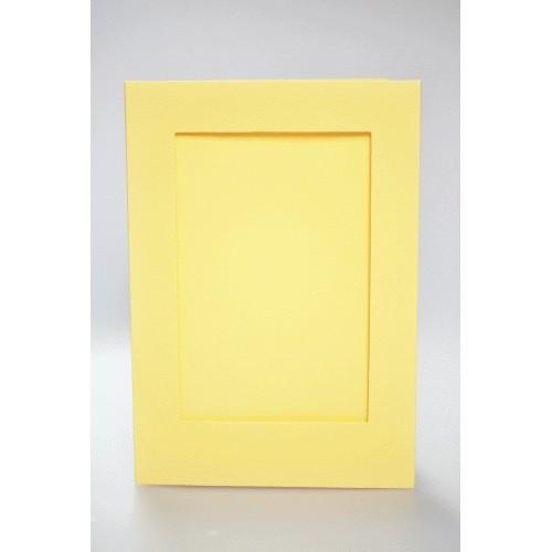 Big card with a rectangular passe-partout yellow