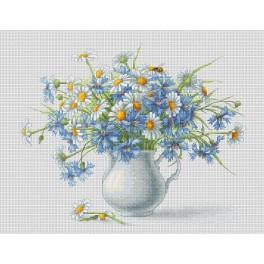 Cross stitch kit - Corn flowers and camomiles