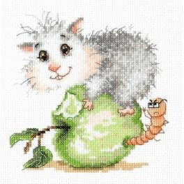 MN 19-17 Cross stitch kit - Hamster on an apple