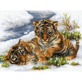 Cross stitch kit - Small tigers
