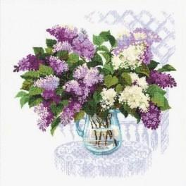 Cross stitch kit - The smell of spring