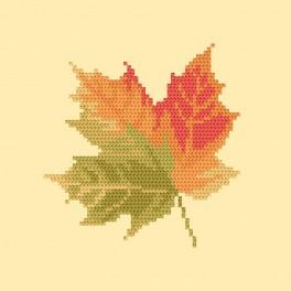 Cross stitch kit - Maple leaf