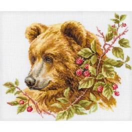 Cross stitch kit - Bear and Raspberry