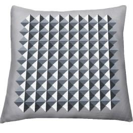 Cross stitch kit - Pillow - Illusion of triangles