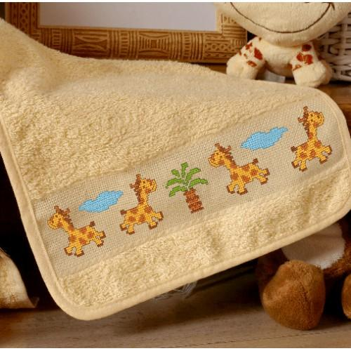 ZU 4428 Cross stitch kit - Bib with wild animals
