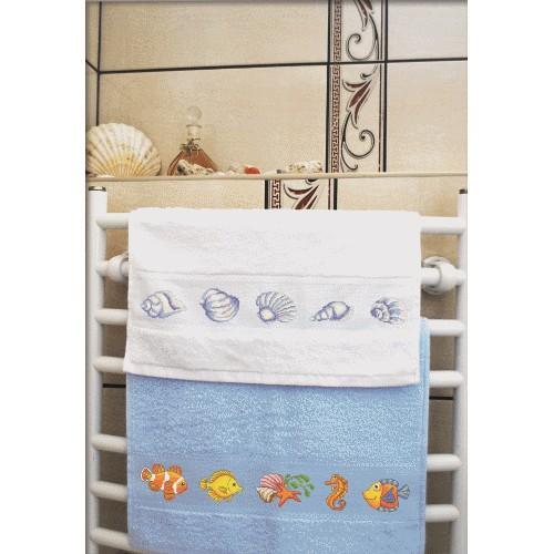 ZU 8365 Cross stitch kit - Towel with shells