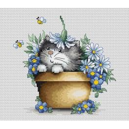 LS B1048 Cross stitch kit - Kitten in flowers