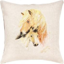 Cross stitch set with mouline and a pillowcase - Horses