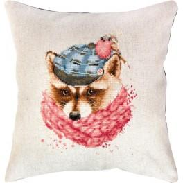Cross stitch set with mouline and a pillowcase - Winter raccoon