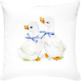 Cross stitch kit with mouline and a pillowcase - Pillow - Charming geese