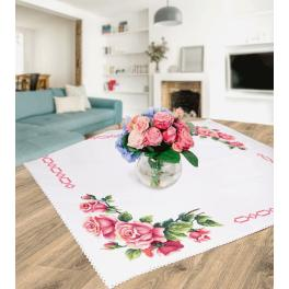 Cross stitch kit - Tablecloth with romantic roses