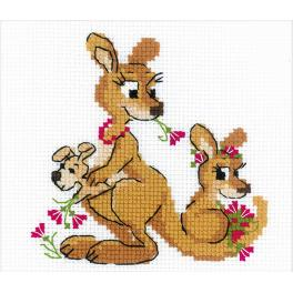 Kit with yarn - Kangaroo family
