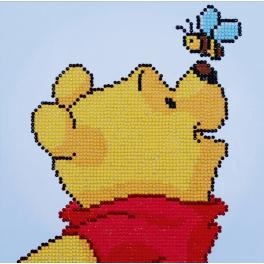 Diamond painting kit - Pooh with bee