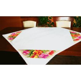 Cross stitch kit - Tablecloth - Charming tulips