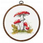 ONLINE pattern - Mushrooms toadstools