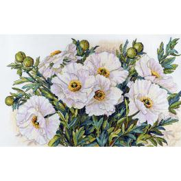 Cross stitch kit - White flowers