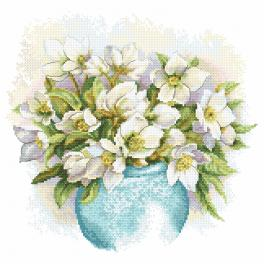 Kit with tapestry and mouline - White hellebores
