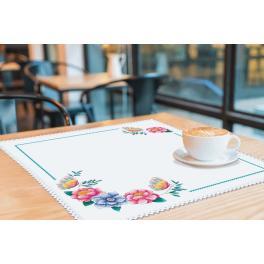 ZU 4395 Cross stitch kit - Napkin with flowers