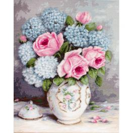 LS BA2322 Cross stitch kit - Roses and hydrangeas