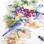 Cross stitch kit - Blue jay and grapes