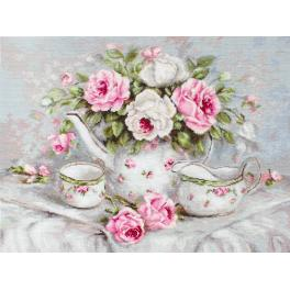 Cross stitch kit - English tea and roses