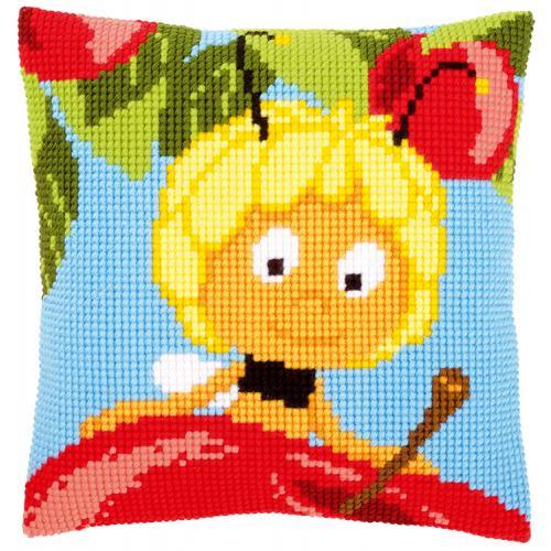 Cross stitch kit - Pillow - Maya on top of apple