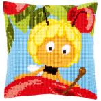 Cross stitch kit - Pillow - Maya on top of apple