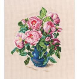 Cross stitch kit - Tender rose buds