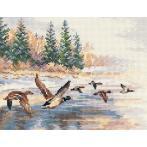 ALI 3-27 Cross stitch kit - Flying ducks