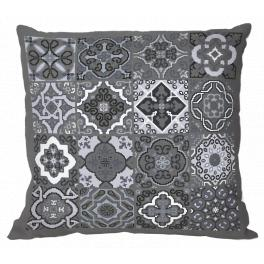 W 10632-01 ONLINE pattern pdf - Pillow - Gray tiles