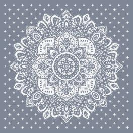 W 10623 ONLINE pattern pdf - Tablecloth with a rosette