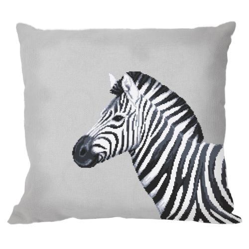 W 10656-01 ONLINE pattern pdf - Pillow - Black and white zebra