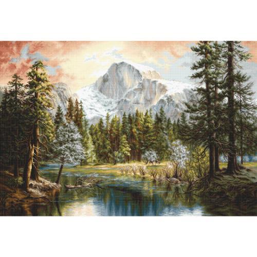 LS B604 Cross stitch kit - Nature's wonderland
