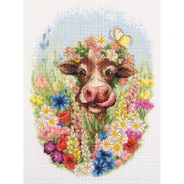 PAJ 7217 Cross stitch kit - Sunny the cow