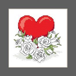 ZU 10327-02 Cross stitch kit - Postcard - Heart with roses