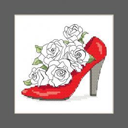 ZU 10327-01 Cross stitch kit - Postcard - Shoe full of roses