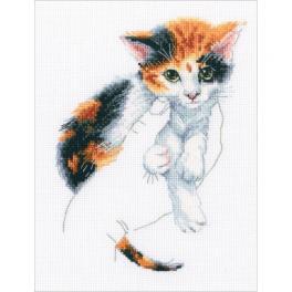 ZTM 819 Cross stitch kit - In palms - kitten