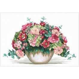SANB-16 Cross stitch kit - Bouquet with hydrangea