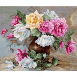 LS B587 Cross stitch kit - Vase with roses